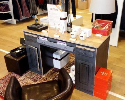 Decoration & furniture
